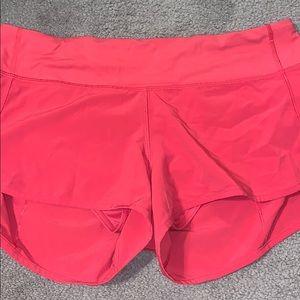 lulu speed up 2.5 shorts